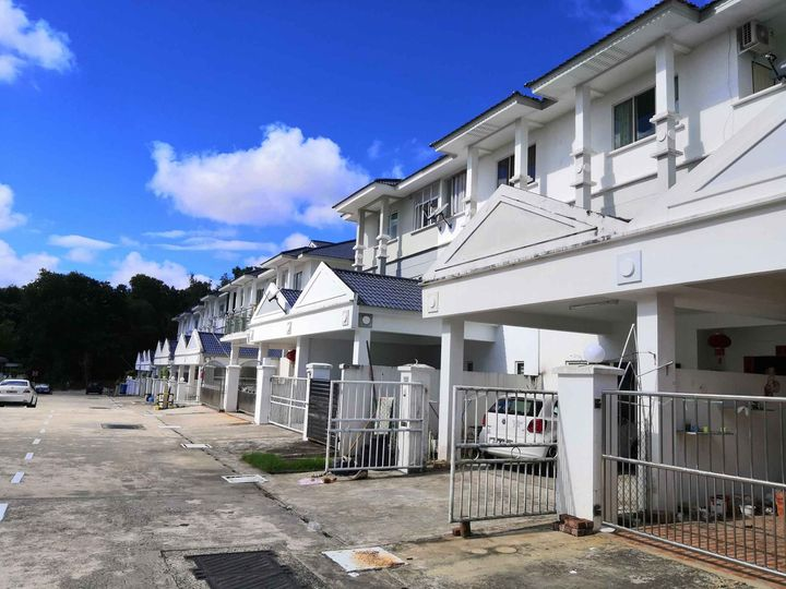 Used 3 storey Terrace house for sale