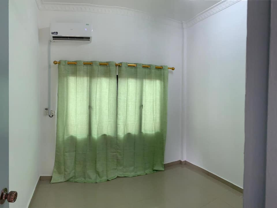 2units available for rent
