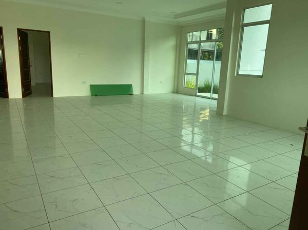New house for rent in Muara