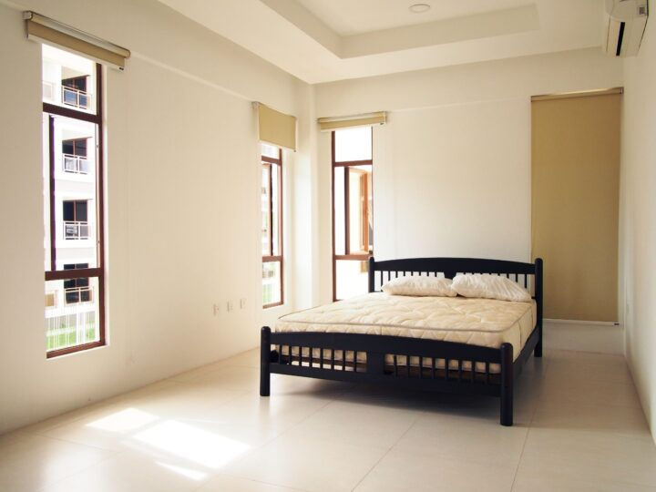 APARTMENT WITH LIFT FOR RENT / SALE