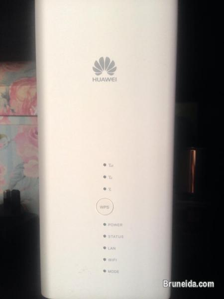 Huawei B618 4G Wifi router FOR SALE