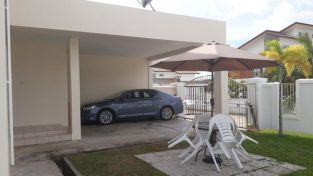 SEMI-DETACHED* HOUSE FOR RENT