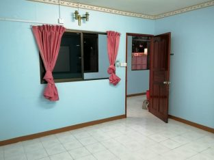 House unit for rent