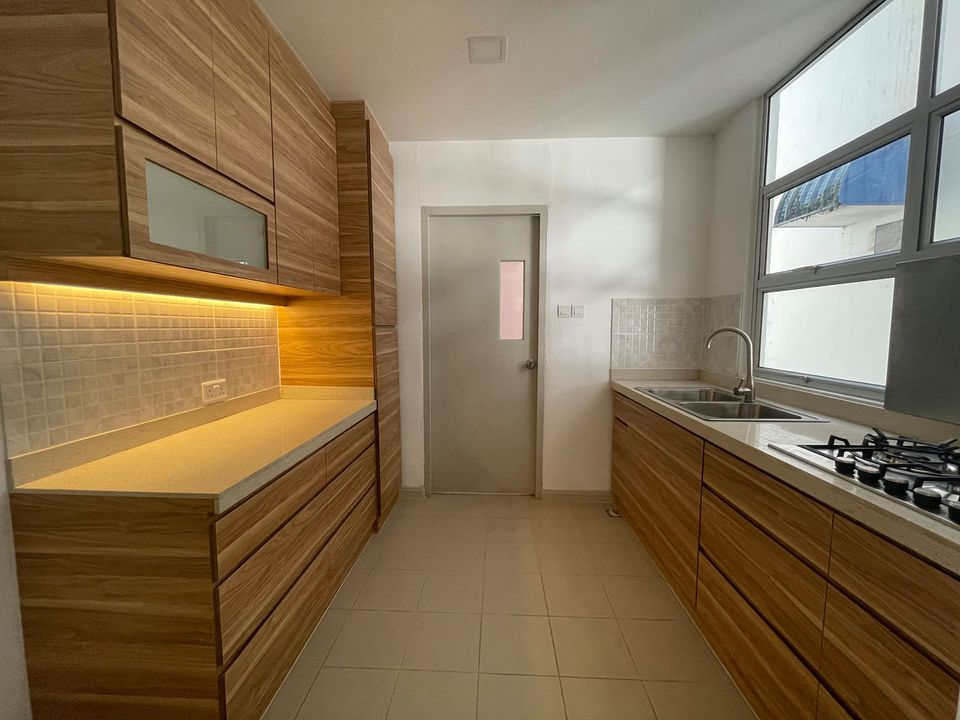 Newly renovated 3 bedroom apartment for rent
