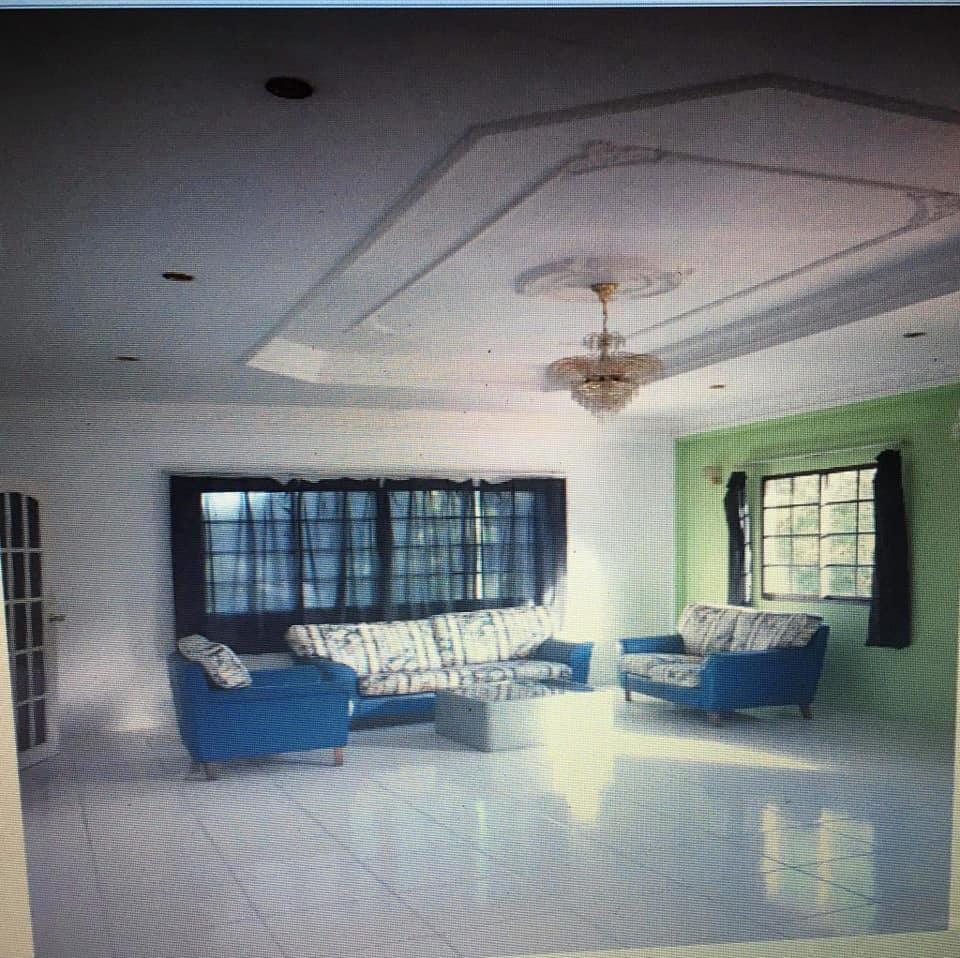 Double storey deteched house 1st floor for rent