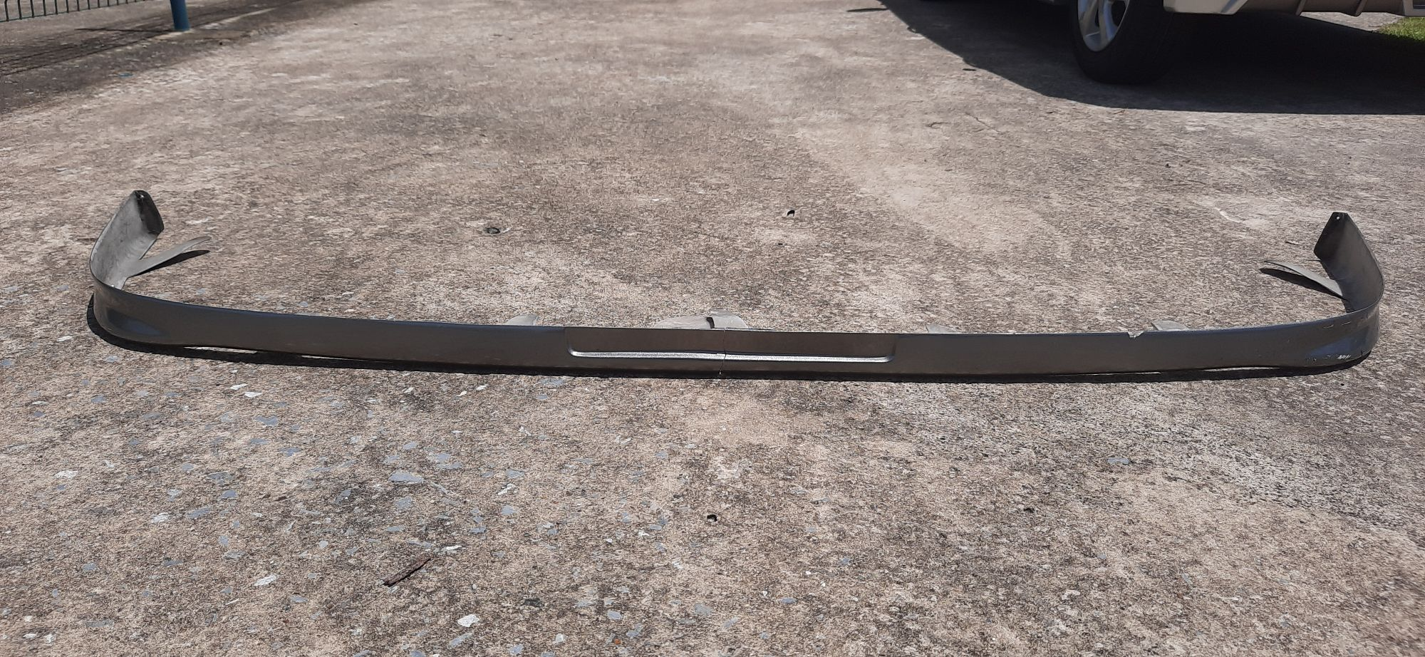 FRONT LIP GT AE101