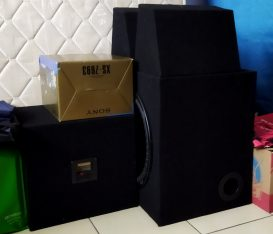 """15 """" Kickers Subwoofer"""